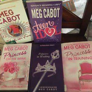 5 Meg Cabot books- hardback
